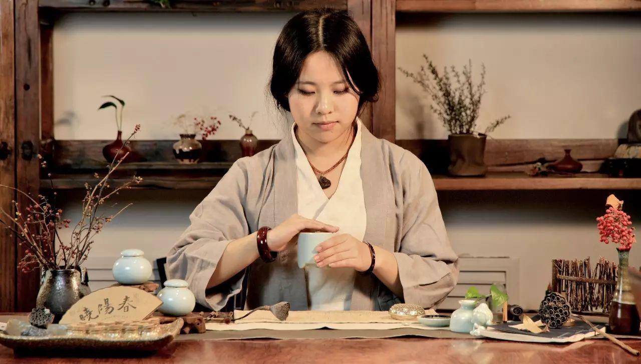 晓阳春茶,寻找茶道融于茶水中