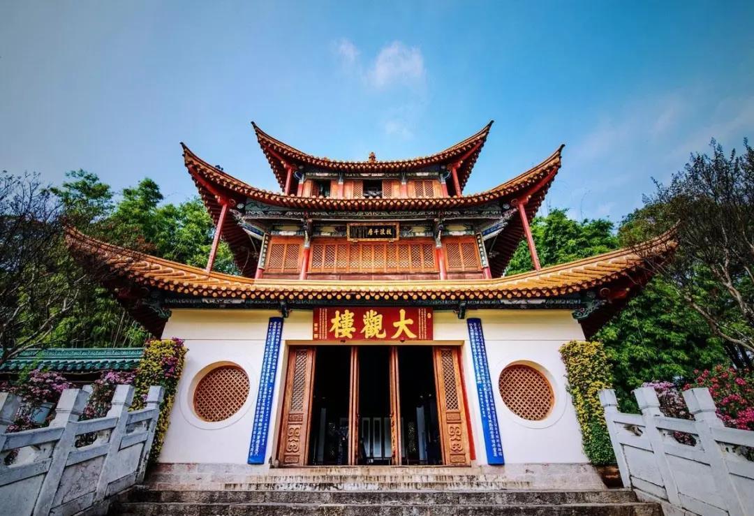 中国十大文化名楼:古诗