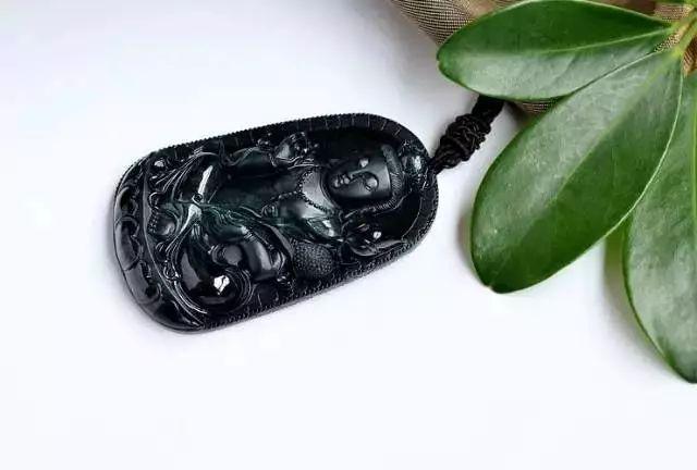 翡翠手镯的样式:最全翡翠品种