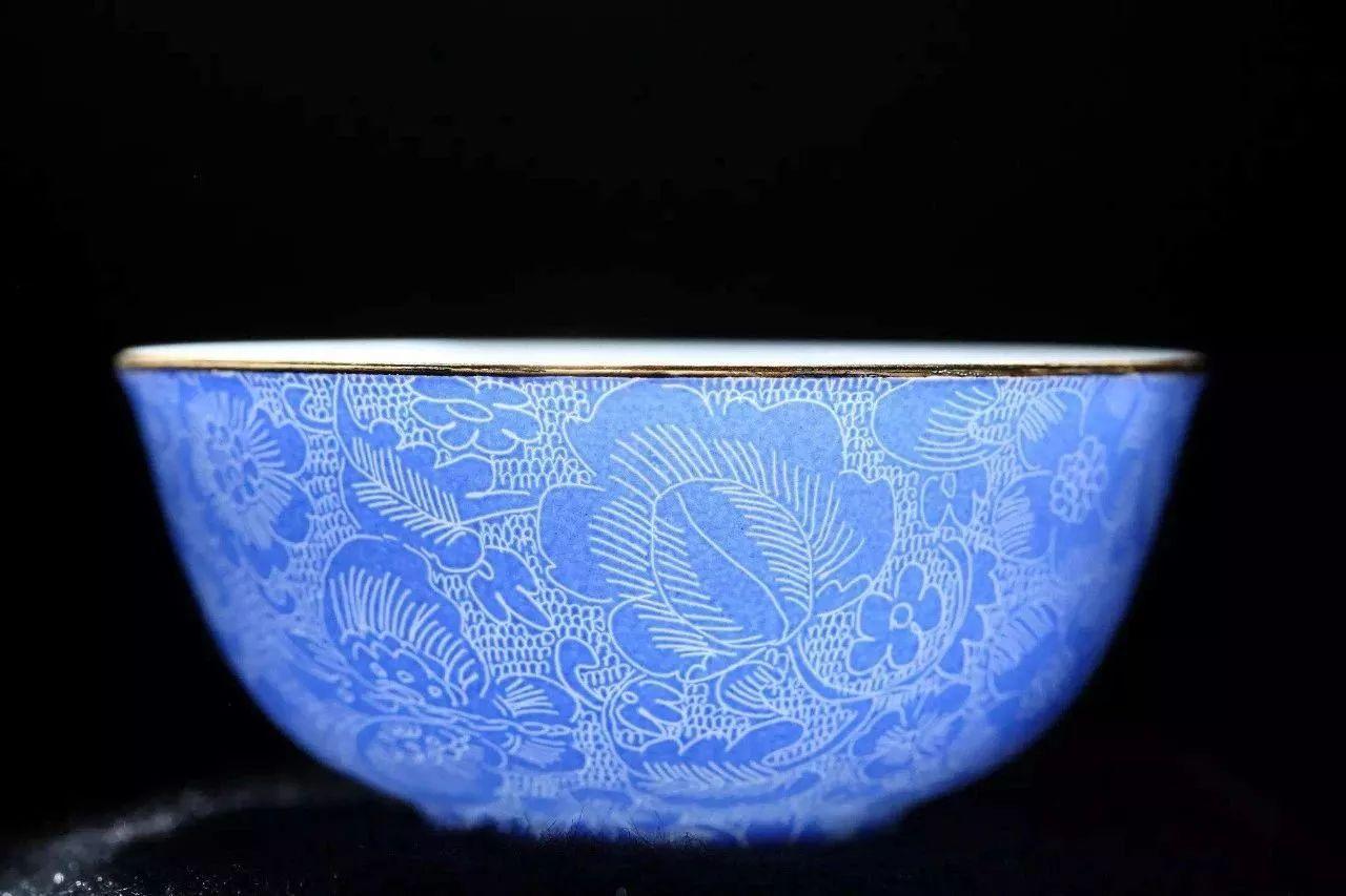 粉彩扒花工艺:细腻绝妙的陶瓷