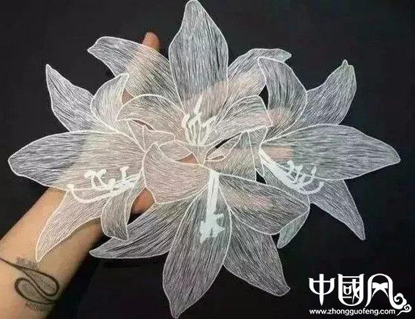 栩栩如生的纸雕艺术作品