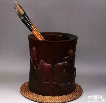 寒鹊图笔筒紫檀木雕刻,红木木