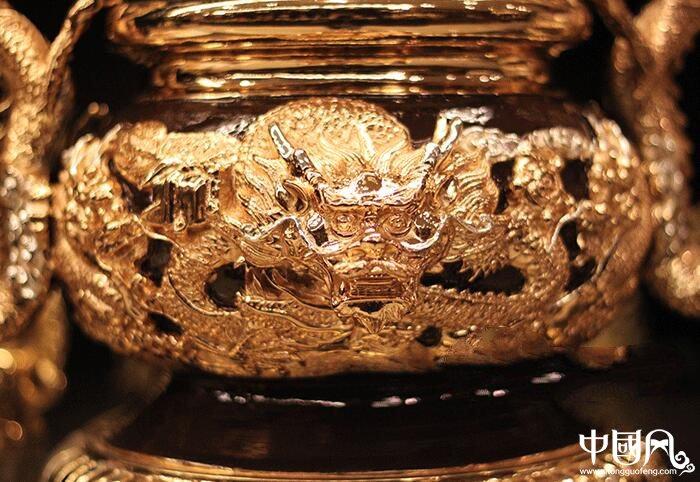 纯铜鎏金双龙香炉,双耳龙香炉盘香炉