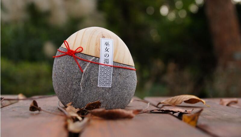 极简美学:木与石头的完美邂逅