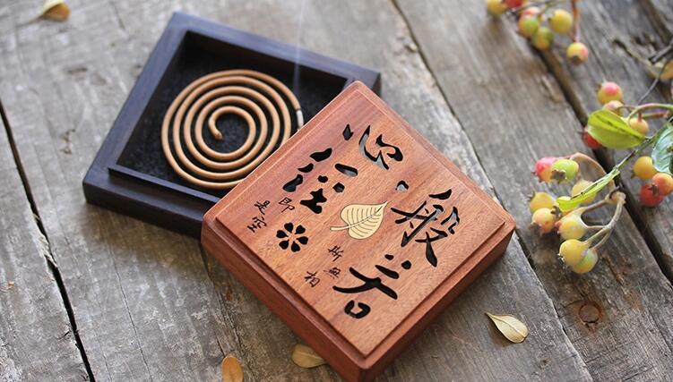 创意文字镂空檀香盒,檀香的作用与功效