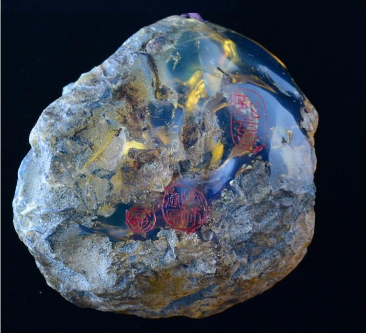 天然琥珀大师雕刻件多米尼加蓝珀挂件