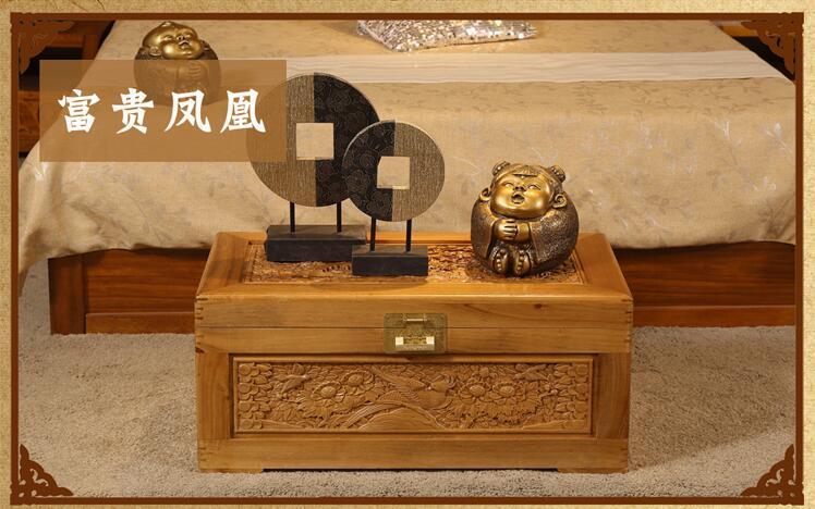 香樟木箱子雕花实木婚嫁箱