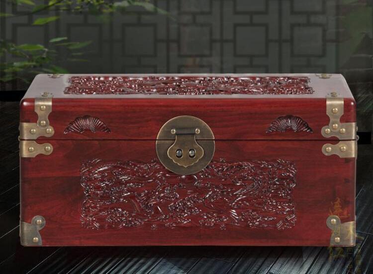 香樟木箱子实木雕花结婚嫁妆箱