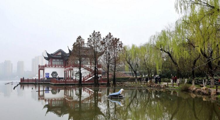 江南第一名湖,莫愁湖水榭风光
