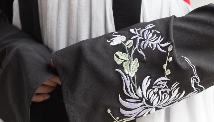 改良汉服古装对襟绣花上衣