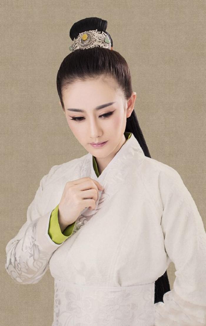 《倚天屠龙记》赵敏古装发型图片