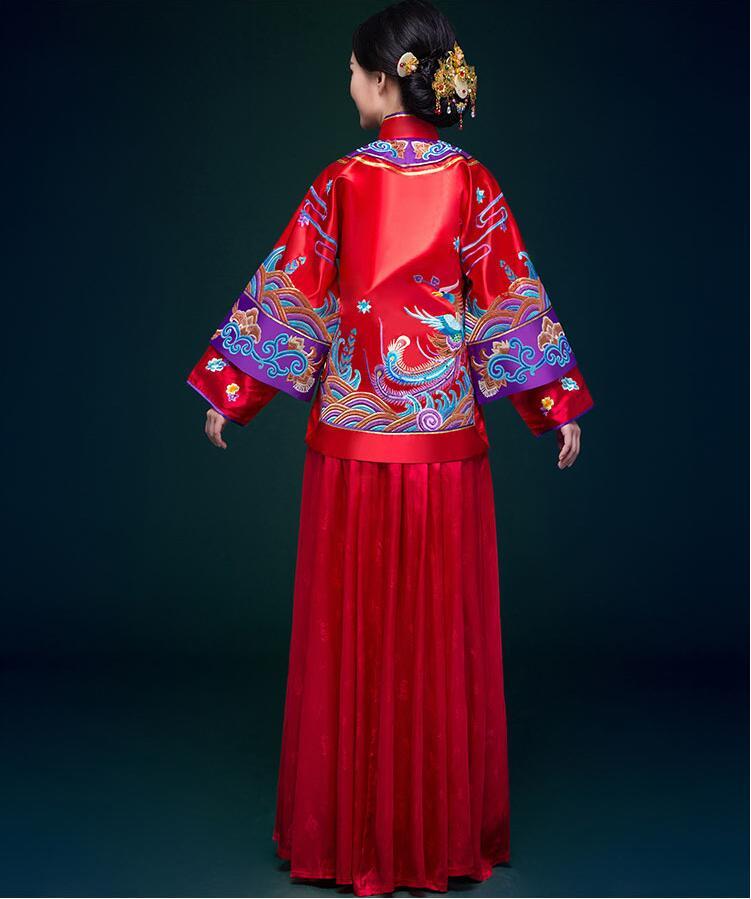 中式婚礼新娘婚纱中式礼服图片