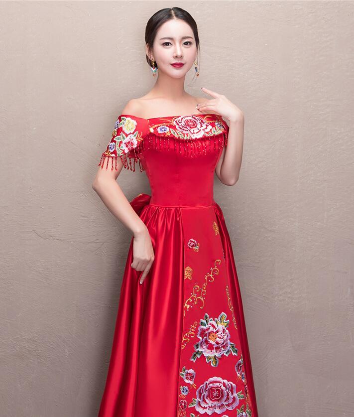 夏季一字肩复古刺绣中式礼服