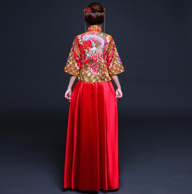 中国风刺绣秀禾服中式礼服