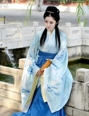 汉服 改良曲裾传统汉服
