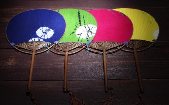 布面工艺日式团扇仕女扇