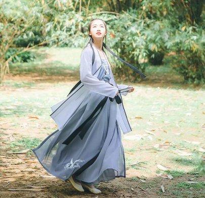 传统汉服 褙子抹胸齐腰襦裙