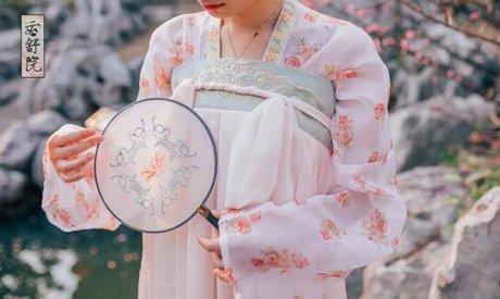 中国风绣花简约清新团扇