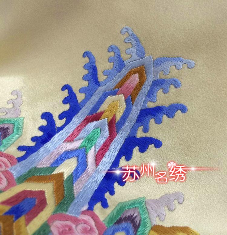苏绣旗袍手工刺绣