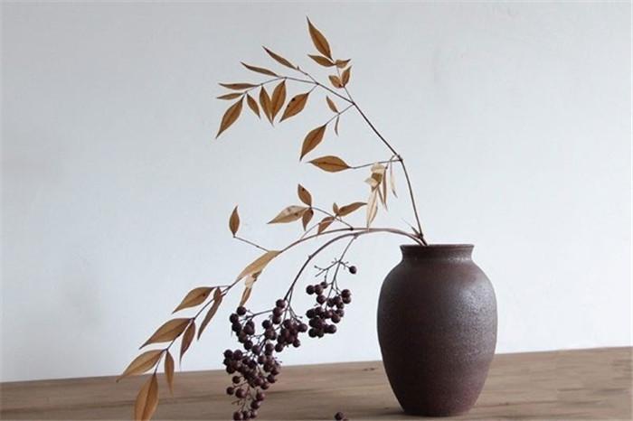 中式插花枯枝插花之美