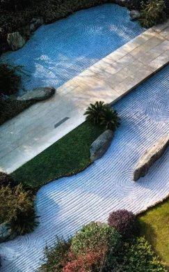 园林景观设计中的一条漂亮旱溪