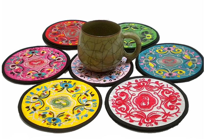 民间特色工艺品民族刺绣杯垫