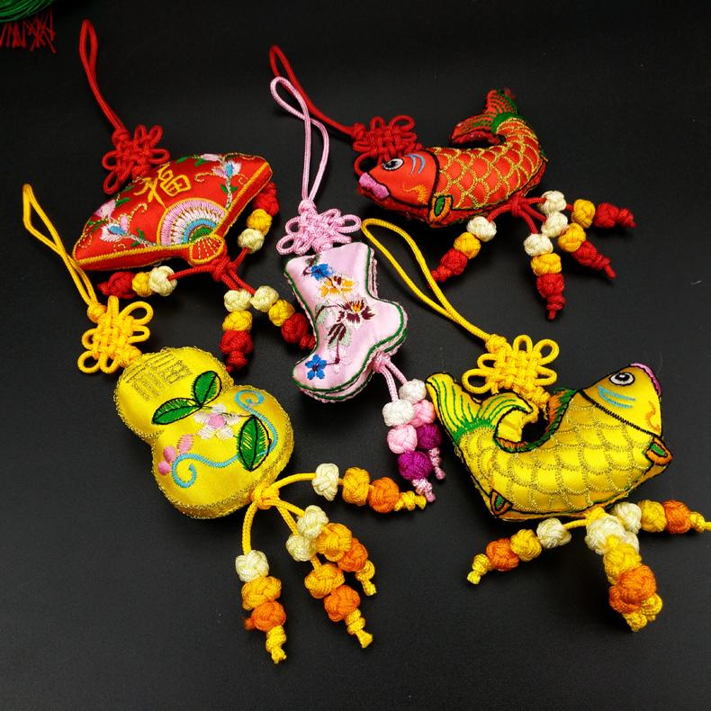 中国风刺绣纪念品绣花香包挂件