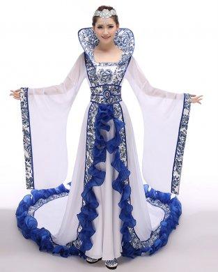 复古青花瓷汉服牡丹印花中式礼