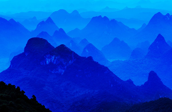 桂林市尧山美丽风景摄影
