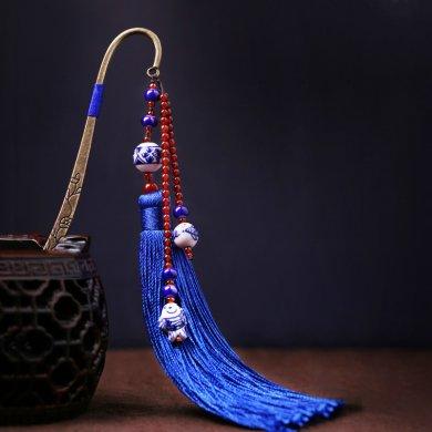 蓝色中国风复古青花瓷古风流苏书