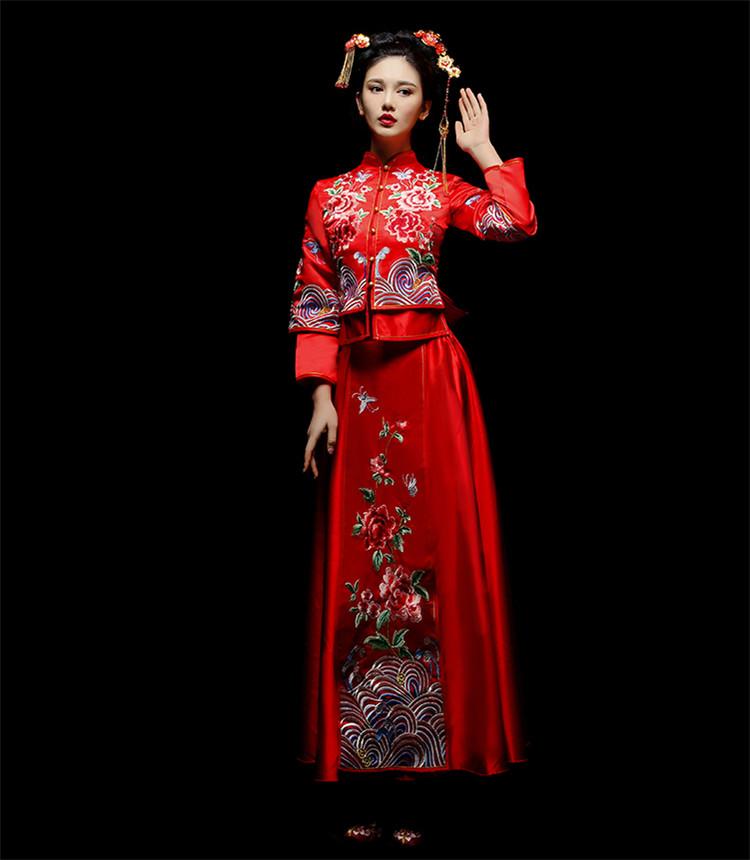 中式新娘礼服嫁衣,龙凤褂富贵牡丹