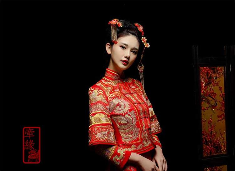 新娘中式红装礼服,龙凤绣花唐装
