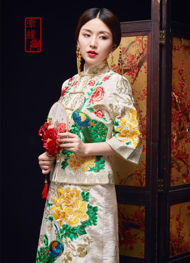 复古中式白色孔雀刺绣礼服,唐装刺绣精美龙凤