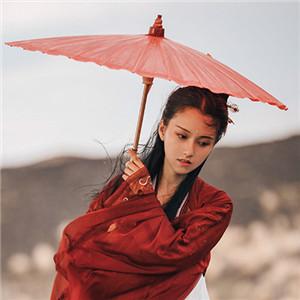 红衣冷艳古风女子真人头像,女生古风qq头像