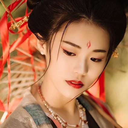 中国风彼岸花开唯美古风女子头像