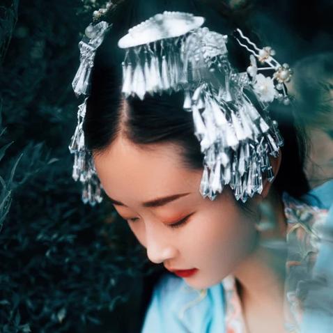 中国风清新花朵唯美古风女子头像