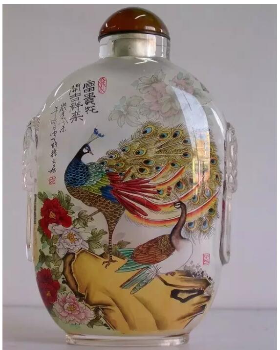 内画鼻烟壶,壶中天地间掌心中国美