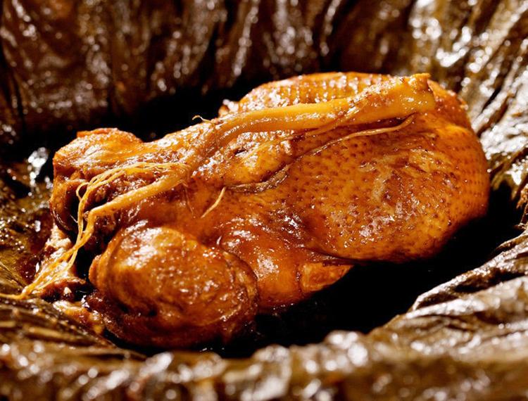 江苏美食叫花鸡