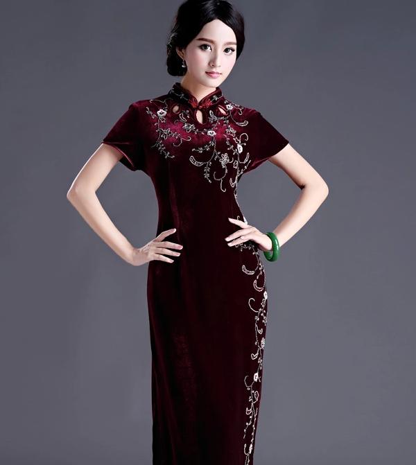 金丝绒长款旗袍,手工钉珠修身旗袍