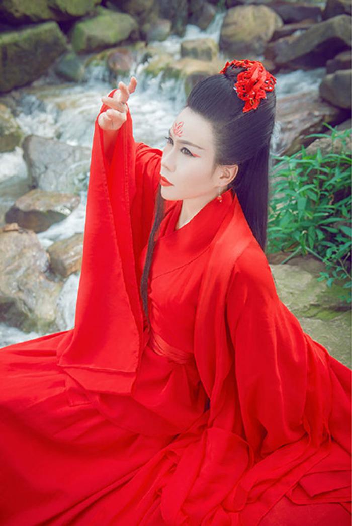 东方不败红色水袖古装服饰
