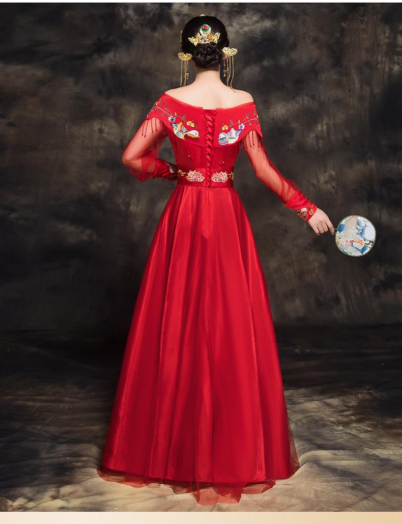 时尚中国风新娘礼服,一字肩中式结婚礼服