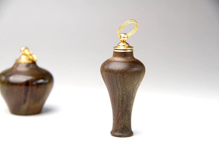 乌木大容量阴沉木梅瓶中式鼻烟壶