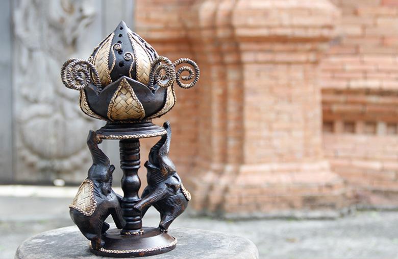 泰国木雕民族风招财大象熏香炉