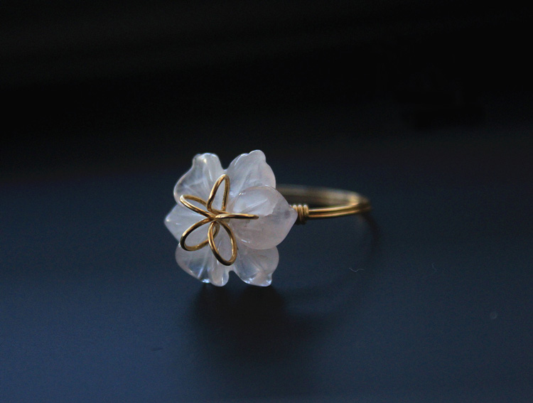 甜美的植物花卉天然粉水晶雕花