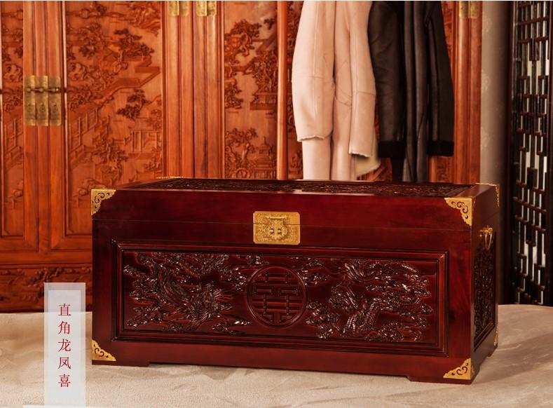 美观实用双喜樟木箱,精美雕花木箱子