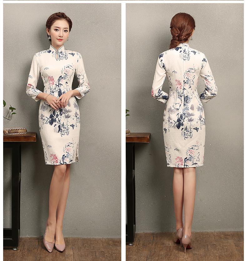 中国风水墨荷花印花旗袍,复古中式白色旗袍裙