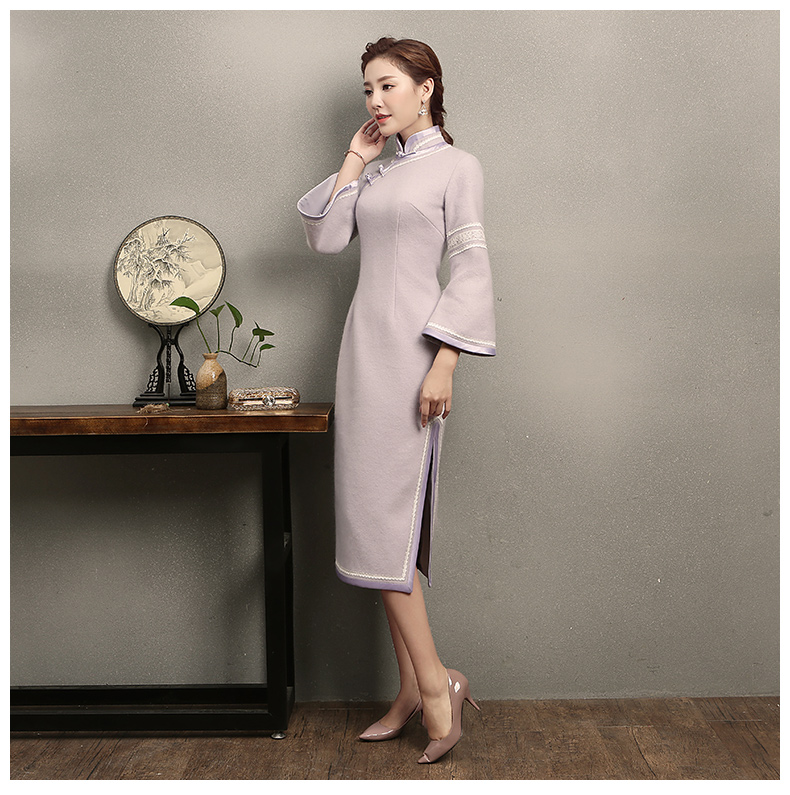 浅紫色花边旗袍,简洁大气的旗袍裙