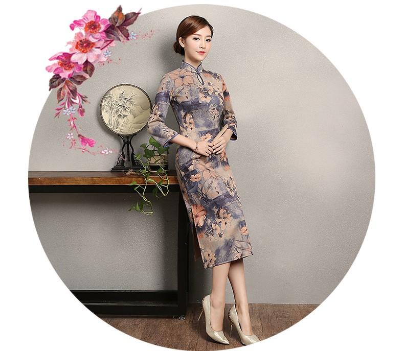 复古印花旗袍,蓝紫色中袖旗袍裙