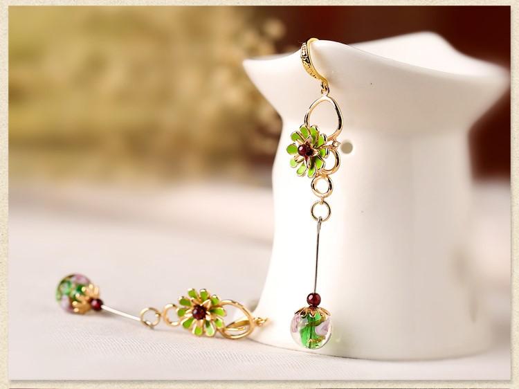 淡绿色复古流苏气质花朵耳环首饰