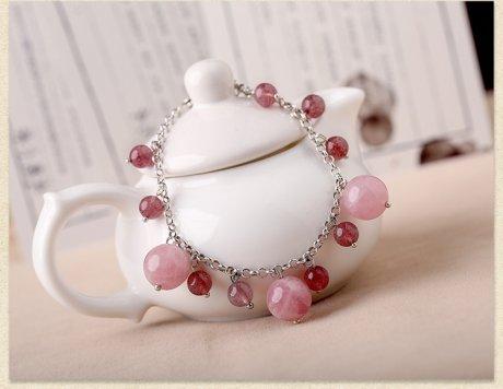 粉色草莓晶复古个性手链